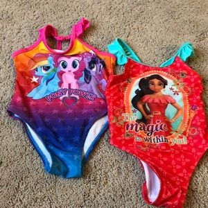 Girls 2T bundle of bathing suits EUC.
